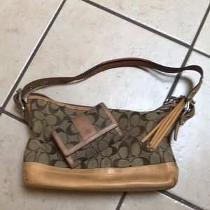 2000s coach bag with matching wallet